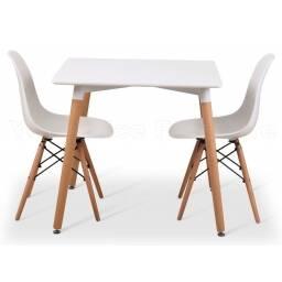 Juego de comedor Eames: Mesa cuadrada y 4 sillas